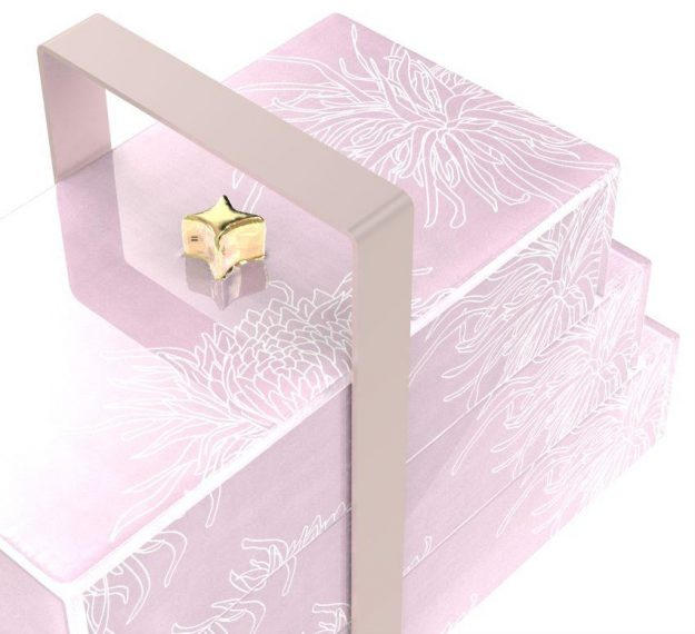 Stylish Pink Bento Box With 3 Compartments Designed by Anna Vasily. - detail view