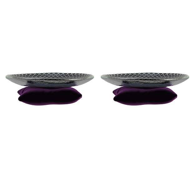 A Small Macaroons Plate. A Throne for Your Macaroons by Anna Vasily. - set view