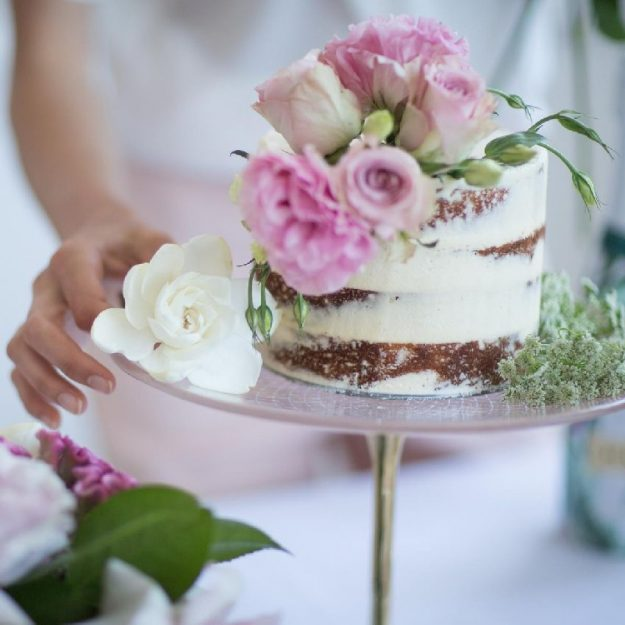 Rose Gold Cake Holder, Amari Pedestal Cake Stand with Naked Cake with Flowers