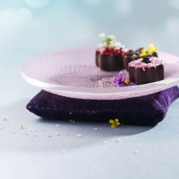 Luxurious Patterned Petit Fours Plate, Darle Pink Ring Holder Plate with Petit Fours - Anna Vasily